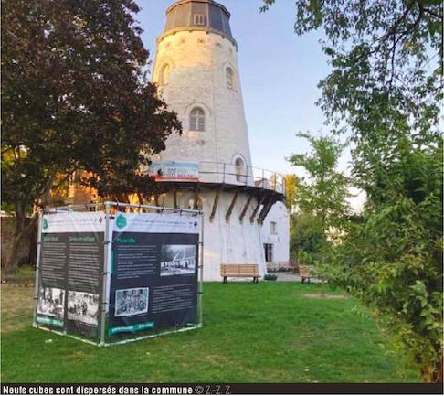 Neuf cubes géants retracent les 900 ans de la commune